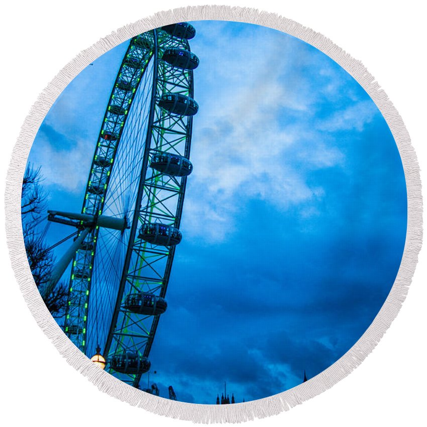 Millennium Wheel Round Beach Towel featuring the photograph London Eye At Westminster by Dawn OConnor