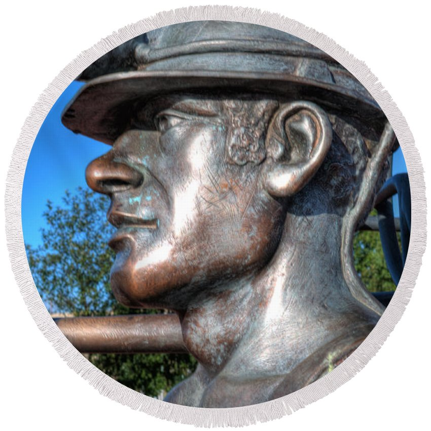 Miner Round Beach Towel featuring the photograph Miner Statue by Steve Purnell