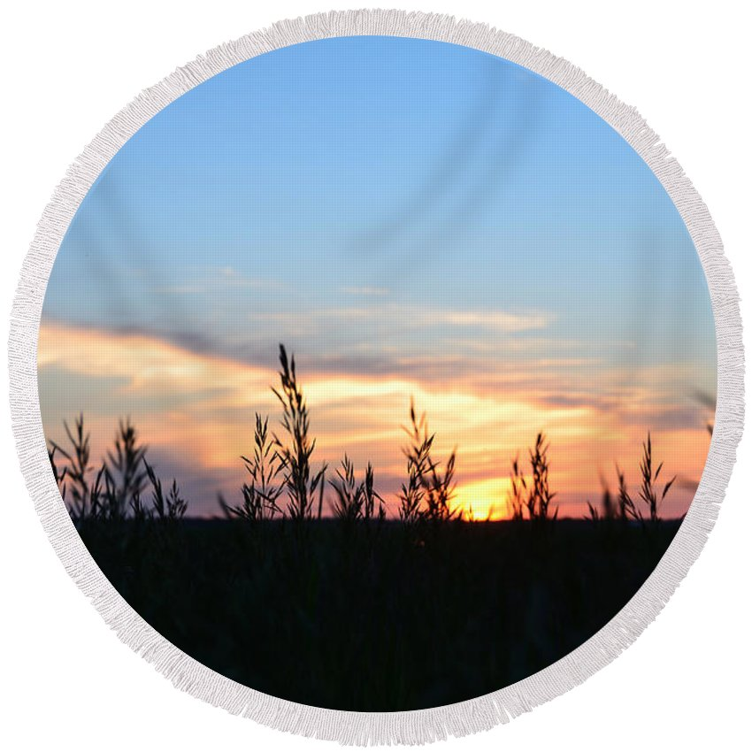Minnesota Sunset Round Beach Towel featuring the photograph Minnesota Sunset 12 by Cassie Marie Photography