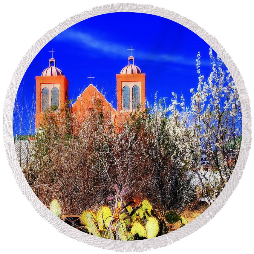 Mission Round Beach Towel featuring the photograph Mission In Silver City Nm by Susanne Van Hulst