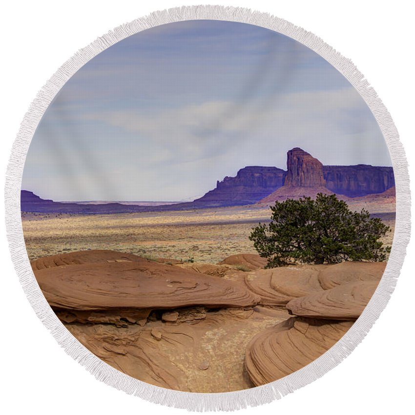 Mitchell Butte Round Beach Towel featuring the photograph Mitchell Butte From Mystery Valley by Mike Herdering