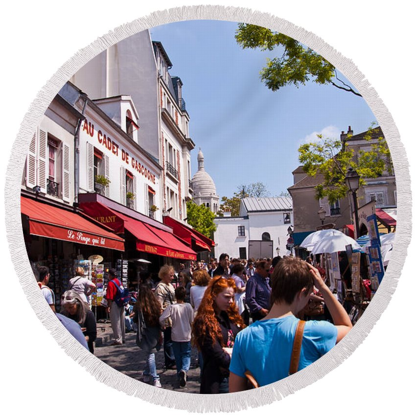 France Round Beach Towel featuring the photograph Montmartre Artist Colony by Jon Berghoff