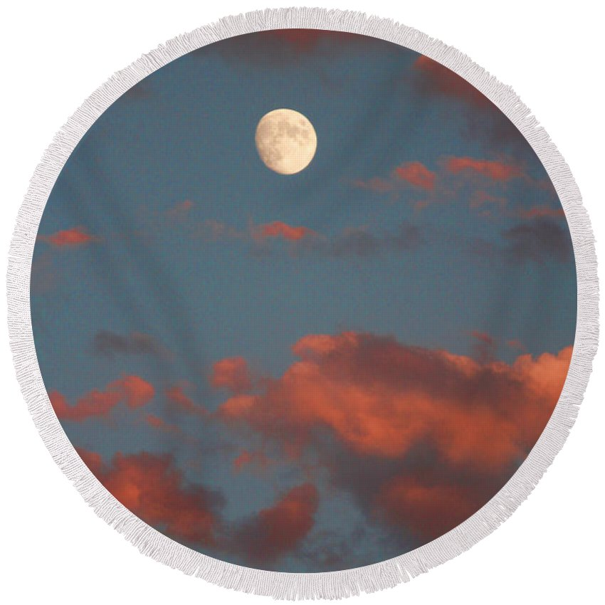 Luna Round Beach Towel featuring the photograph Moon Sunset Vertical Image by James BO Insogna