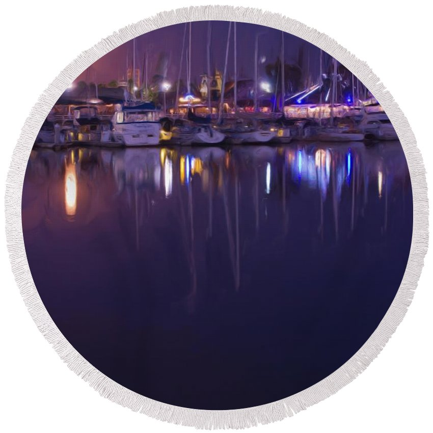 Long Beach Round Beach Towel featuring the photograph Moonlight Walk by Heidi Smith