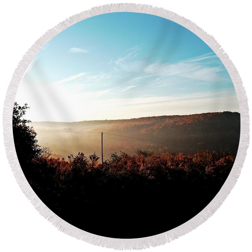 New York Round Beach Towel featuring the photograph Morning Breaks by Christian Mattison