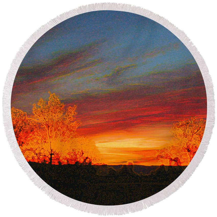 Morning Round Beach Towel featuring the photograph Morning's Magical Light by Joyce Dickens