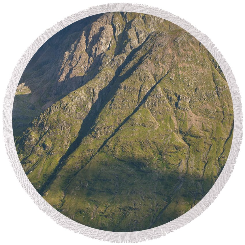 Britain Round Beach Towel featuring the photograph Mountain Peaks At Glencoe by Andrew Michael