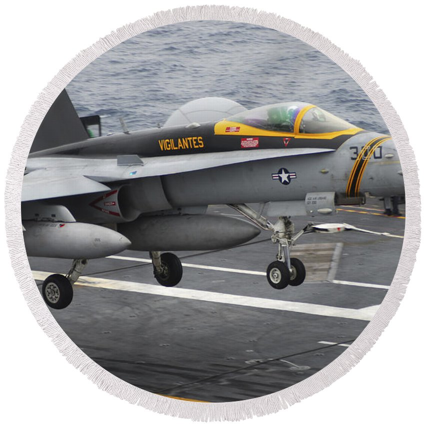 F-18 Super Hornet Round Beach Towel featuring the photograph N Fa-18f Super Hornet Lands Aboard by Stocktrek Images