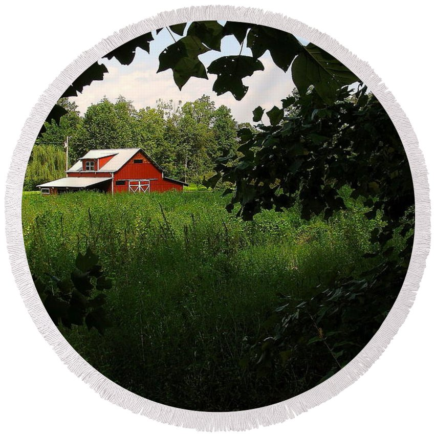 Farm Round Beach Towel featuring the photograph North Carolina Farm by Jeff Heimlich