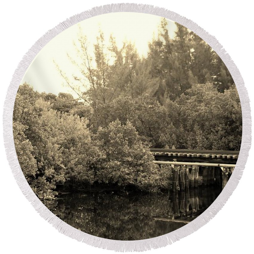 Sepia Round Beach Towel featuring the photograph North Fork River In Sepia by Rob Hans