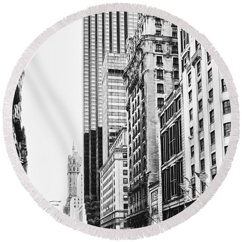 Active Round Beach Towel featuring the photograph Nyc080 by Svetlana Sewell
