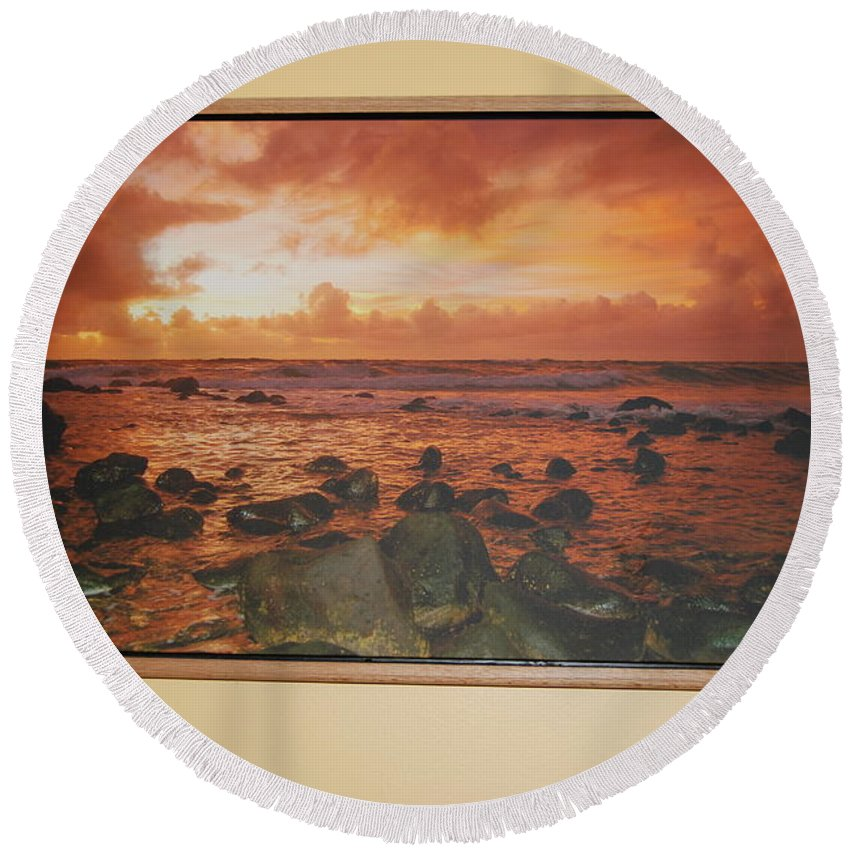 Floater Round Beach Towel featuring the photograph Oak Floater Frame by Michael Peychich