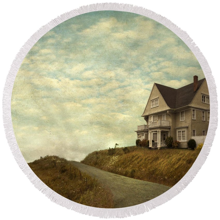 Abandoned Round Beach Towel featuring the photograph Old House On Rural Road by Jill Battaglia
