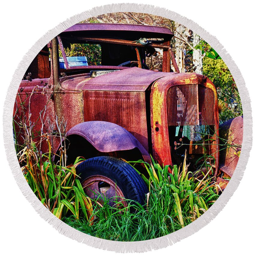 Truck Round Beach Towel featuring the photograph Old Rusting Truck by Garry Gay