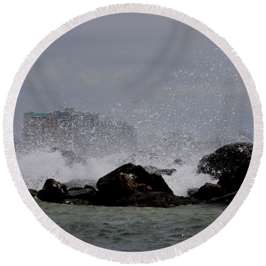 Gulf Of Mexico Round Beach Towel featuring the photograph On The Rocks by Travis Truelove