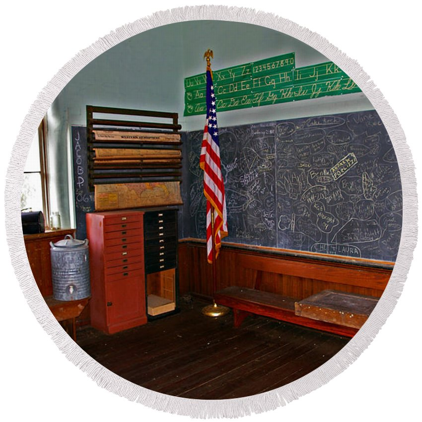 School Round Beach Towel featuring the photograph One Room Schoolhouse by Rich Walter