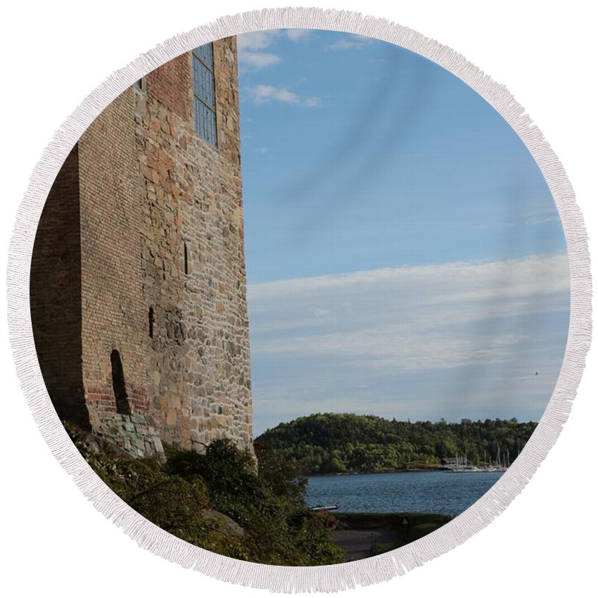 Oslo Round Beach Towel featuring the photograph Oslo Castle And Harbor by Carol Groenen