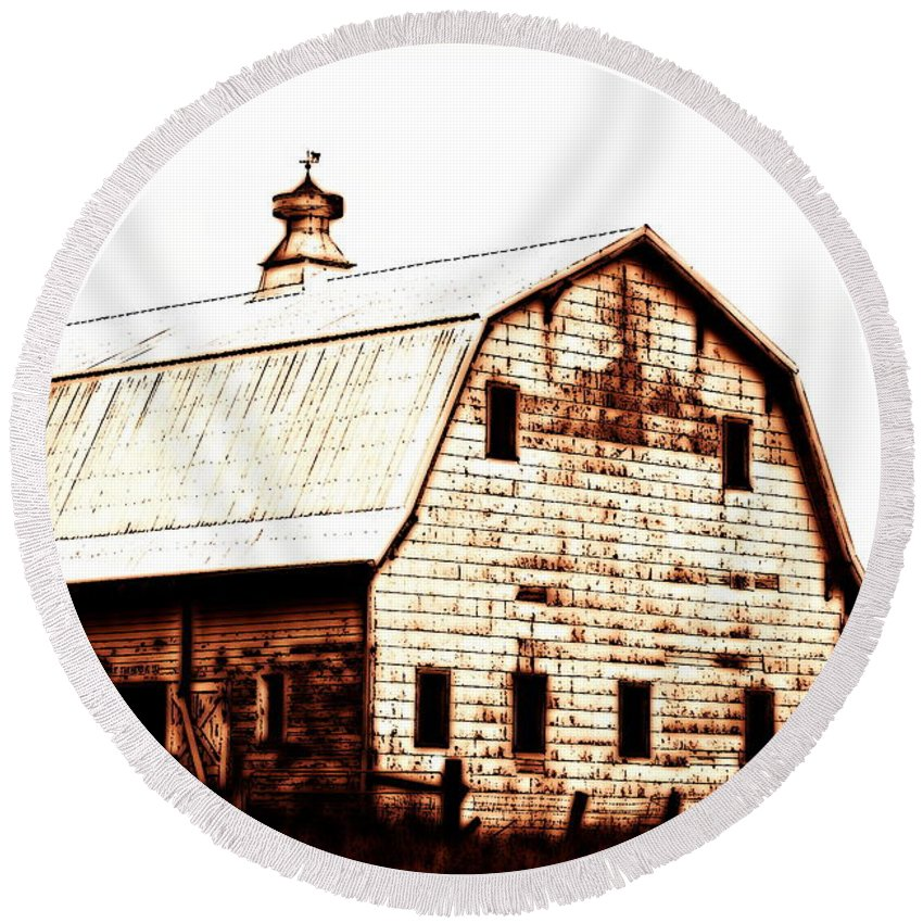 Barn Round Beach Towel featuring the digital art Out West by Kathy Sampson