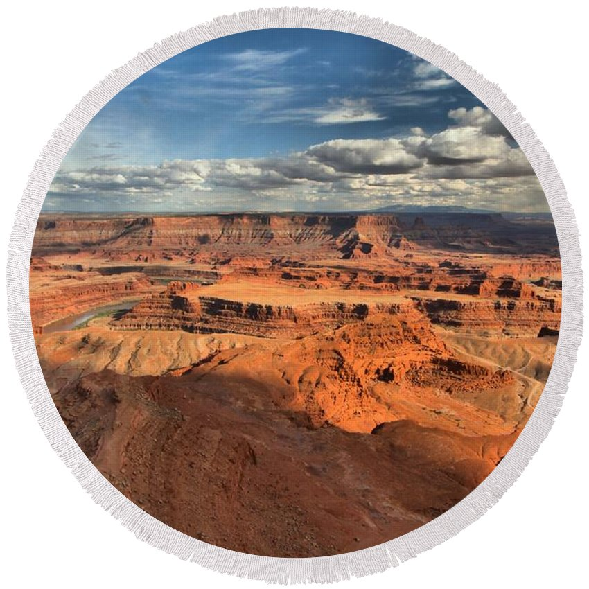 Dead Horse Point Round Beach Towel featuring the photograph Overlooking Dead Horse Point by Adam Jewell
