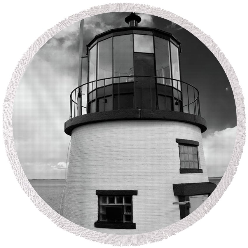 Buildings Round Beach Towel featuring the photograph Owls Head 4768 by Guy Whiteley
