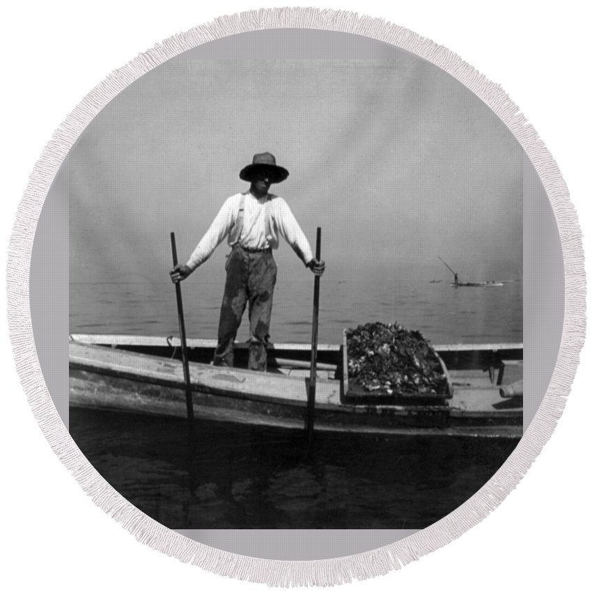 chesapeake Bay Round Beach Towel featuring the photograph Oyster Fishing On The Chesapeake Bay - Maryland - C 1905 by International Images