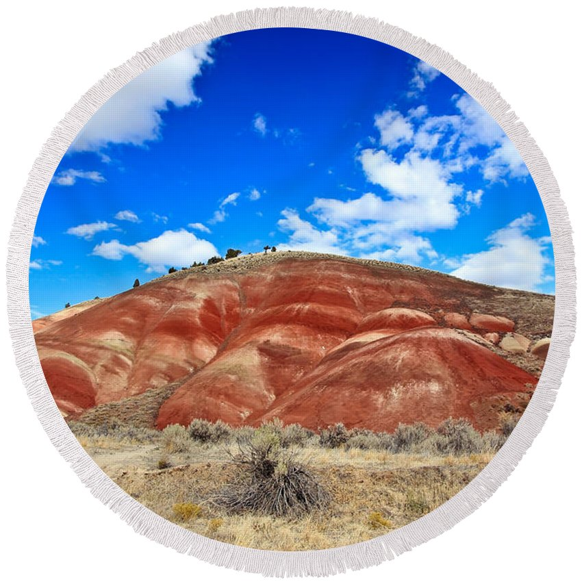 Painted Hills In Oregon Round Beach Towel featuring the photograph Painted Hills In Eastern Oregon by Athena Mckinzie