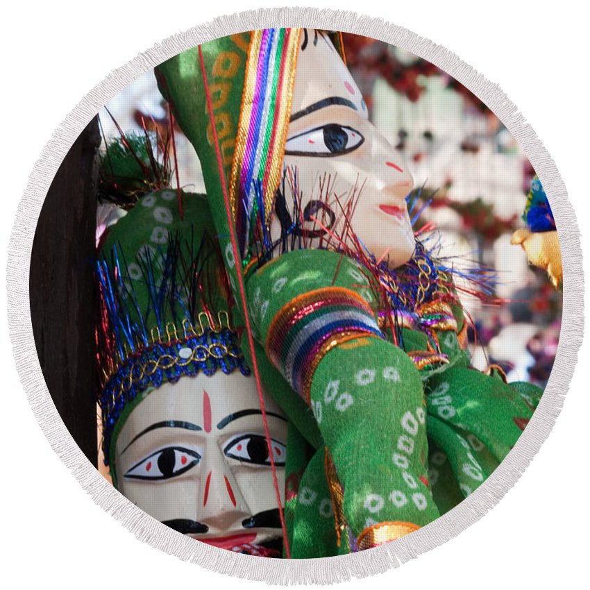Puppet Round Beach Towel featuring the photograph Pair Of Large Puppets At The Surajkund Mela by Ashish Agarwal