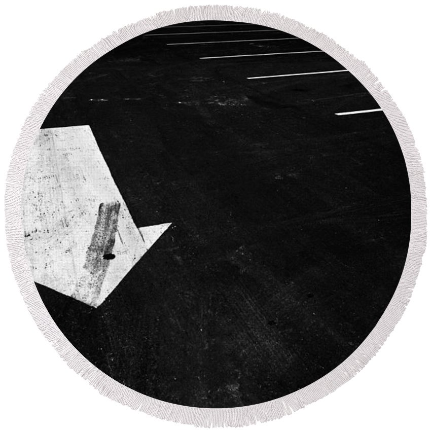 Art Round Beach Towel featuring the photograph Parking Lot Pavement Arrow Number 1 by Randall Nyhof