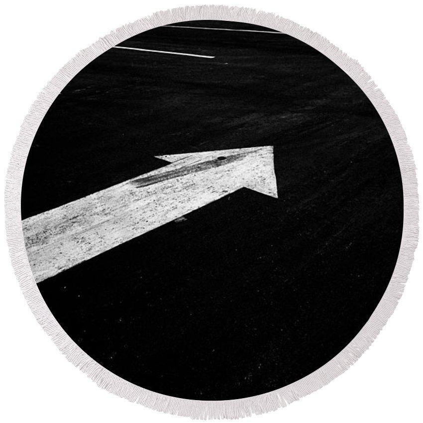 Art Round Beach Towel featuring the photograph Parking Lot Pavement Arrow Number 2 by Randall Nyhof