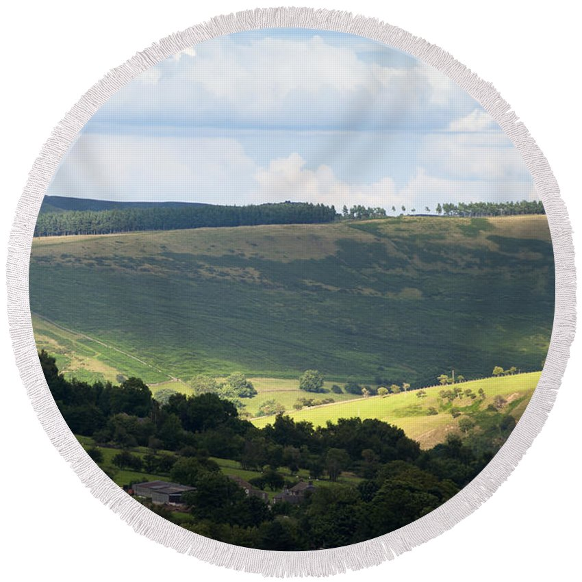 Britain Round Beach Towel featuring the photograph Pennine Way View by Andrew Michael