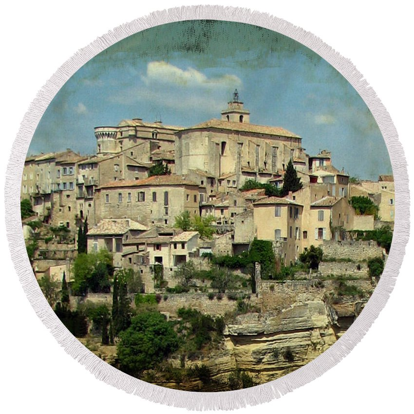 Gordes Round Beach Towel featuring the photograph Perched Village Of Gordes by Carla Parris