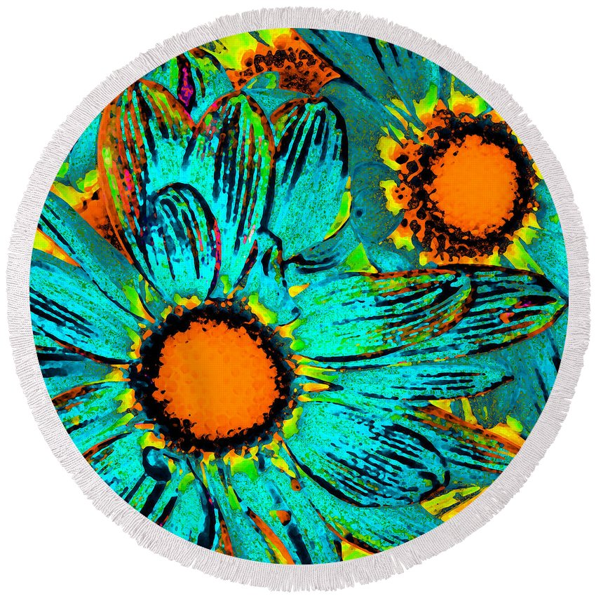 Gerber Daisy Round Beach Towel featuring the painting Pop Art Daisies 1 by Amy Vangsgard