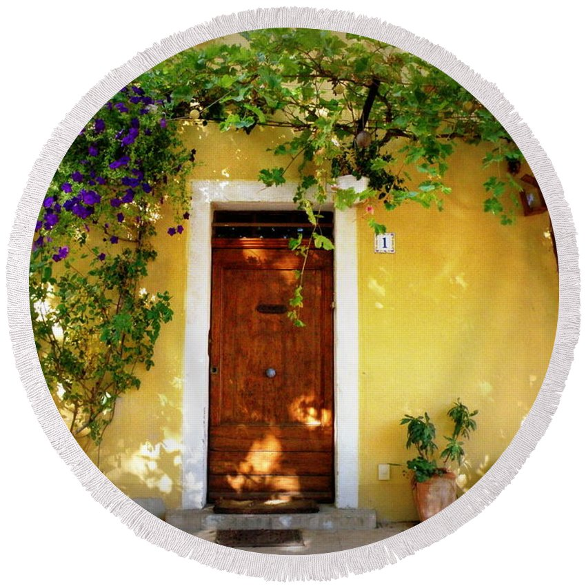 Door Round Beach Towel featuring the photograph Provence Door Number 1 by Lainie Wrightson
