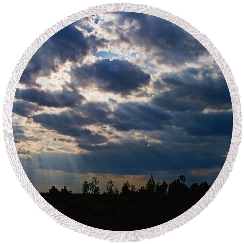 Landscape Round Beach Towel featuring the photograph Rays Of Hope by Debbie Portwood