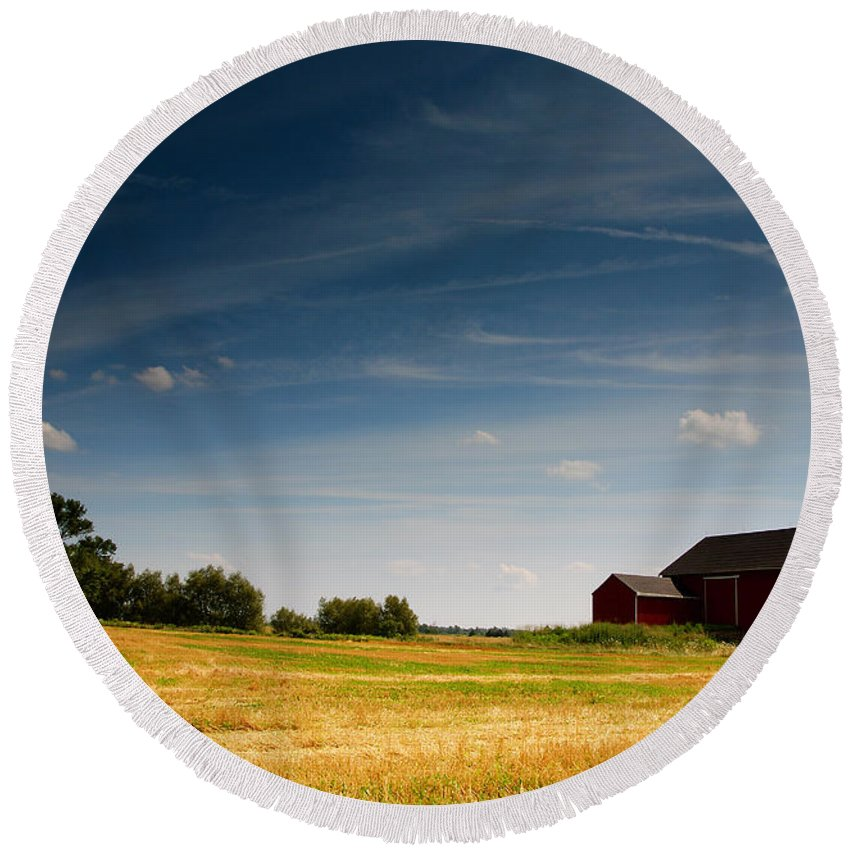 Barn Round Beach Towel featuring the photograph Red Barn by Cale Best