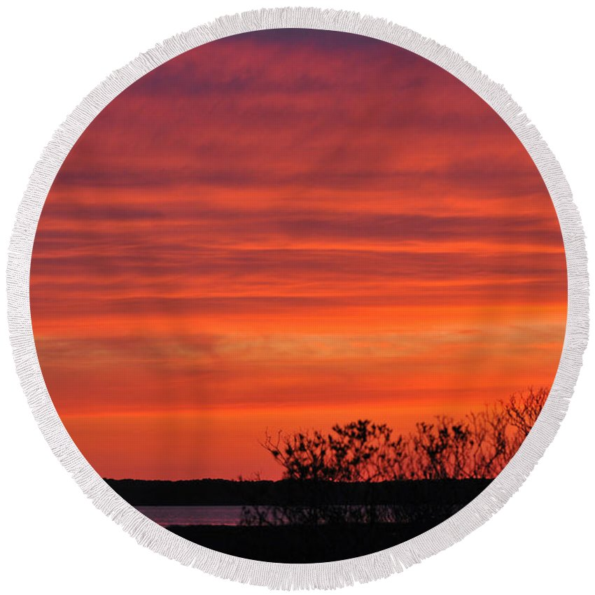 Sunset Round Beach Towel featuring the photograph Red Sunset by Paul Ward