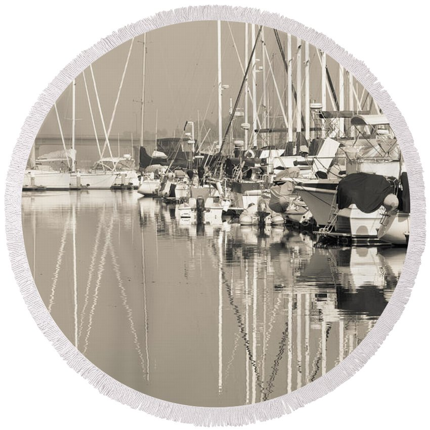 Amazing Round Beach Towel featuring the photograph Reflecting by Heidi Smith