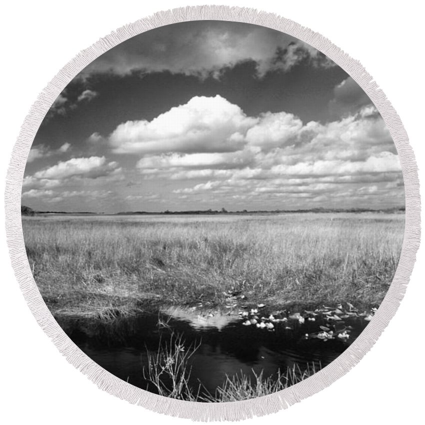 Everglades Round Beach Towel featuring the photograph River Of Grass - The Everglades by Myrna Bradshaw