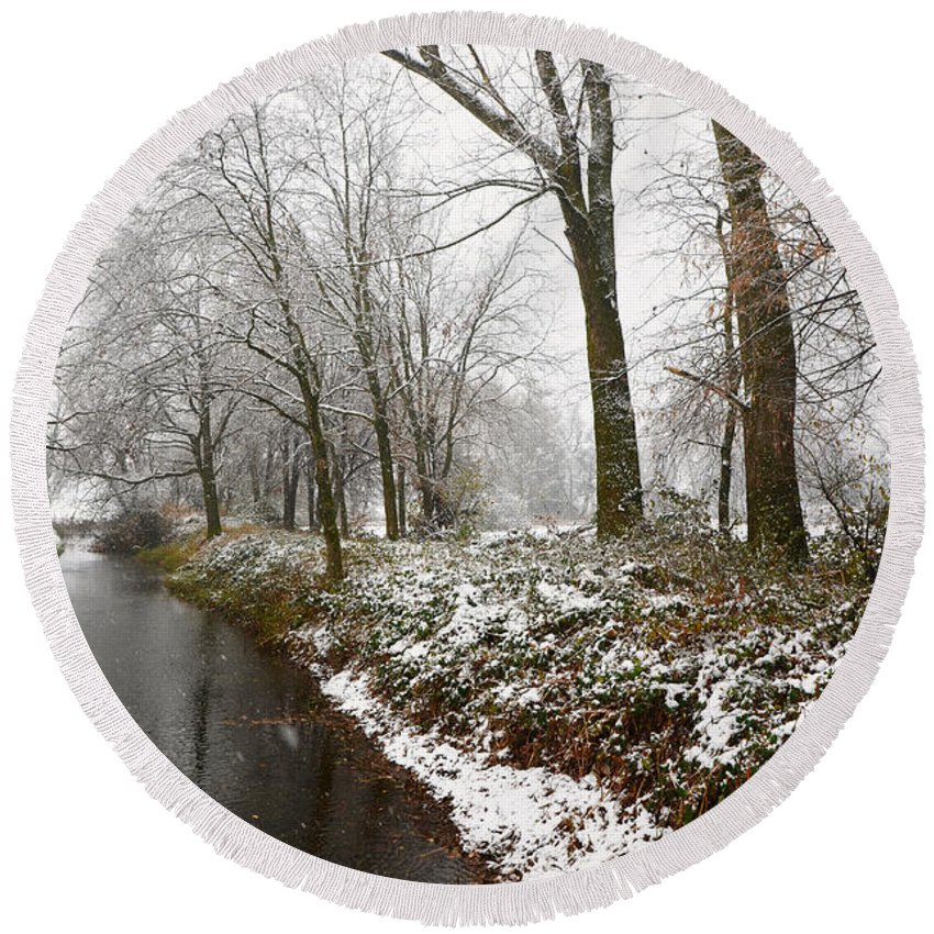 River Round Beach Towel featuring the photograph River With Snow by Mats Silvan