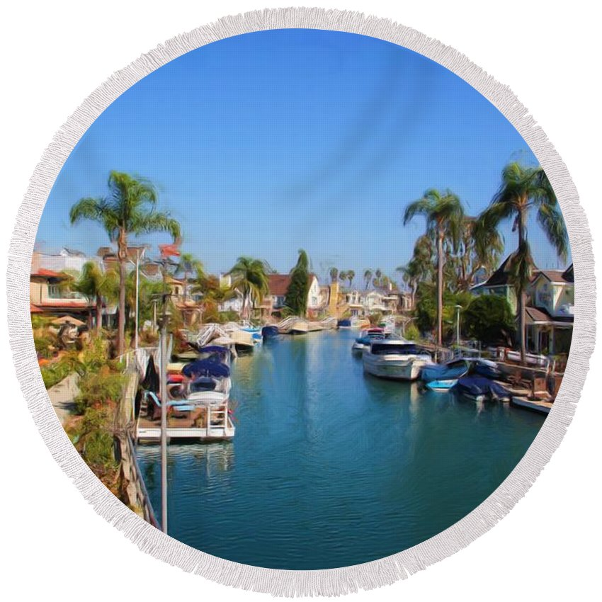 Canal Round Beach Towel featuring the photograph Rivo Alto Canal by Heidi Smith