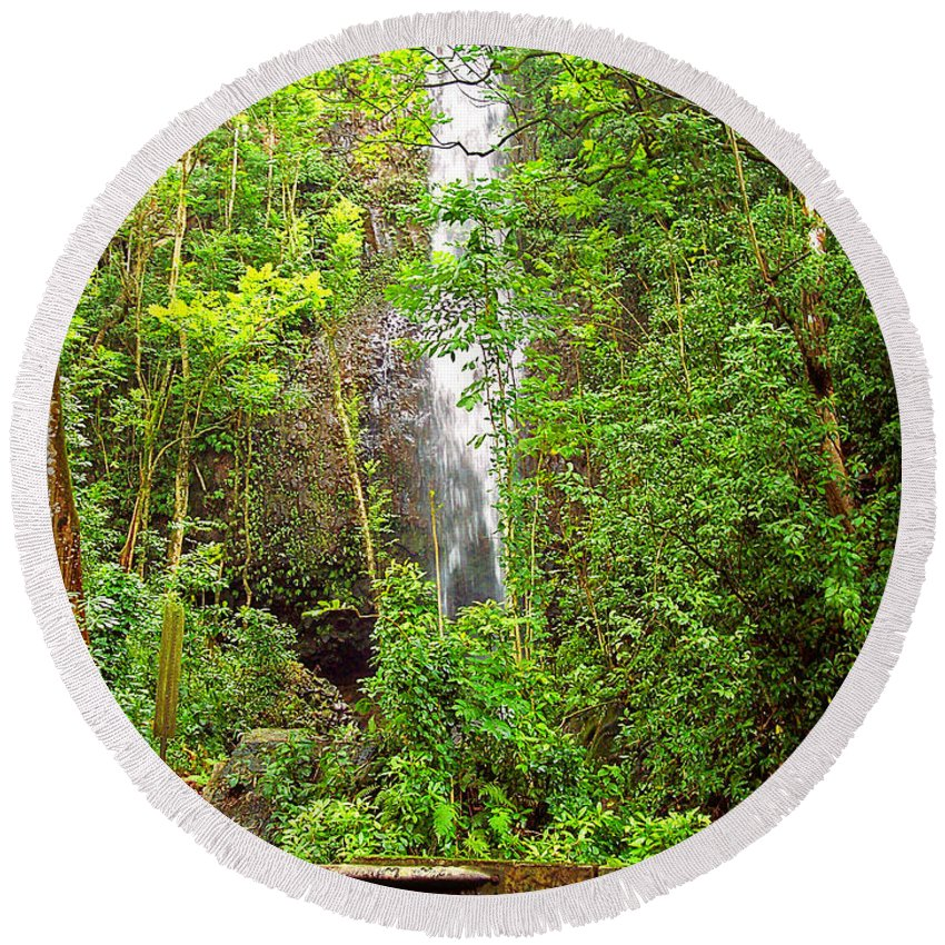 Nature Round Beach Towel featuring the photograph Roadside Waterfall by Paulette B Wright
