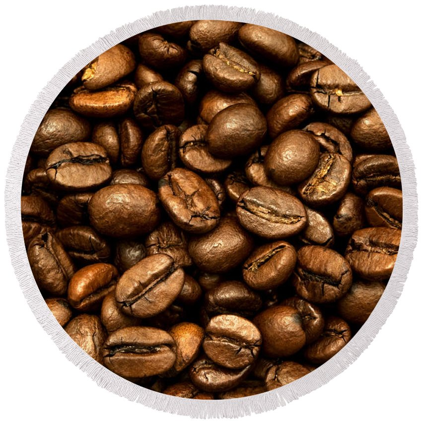 Macro Round Beach Towel featuring the photograph Roasted Coffee Beans by Fabrizio Troiani