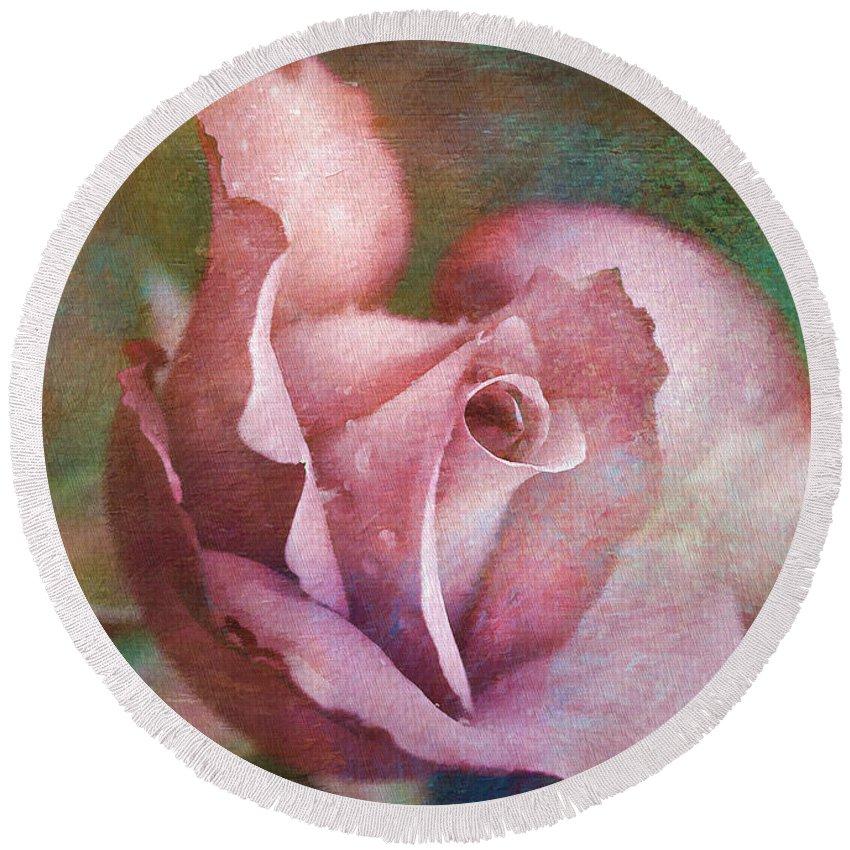 Rose Round Beach Towel featuring the photograph Rose Of Romance by Deborah Benoit