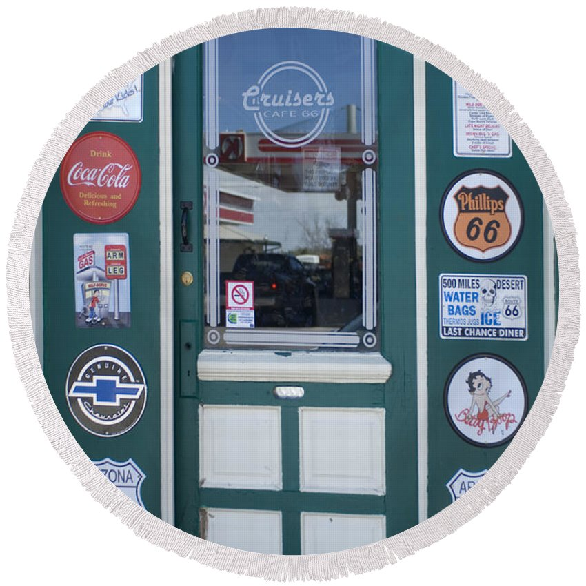 Wurlitzer Round Beach Towel featuring the photograph Route 66 Doorway by Bob Christopher