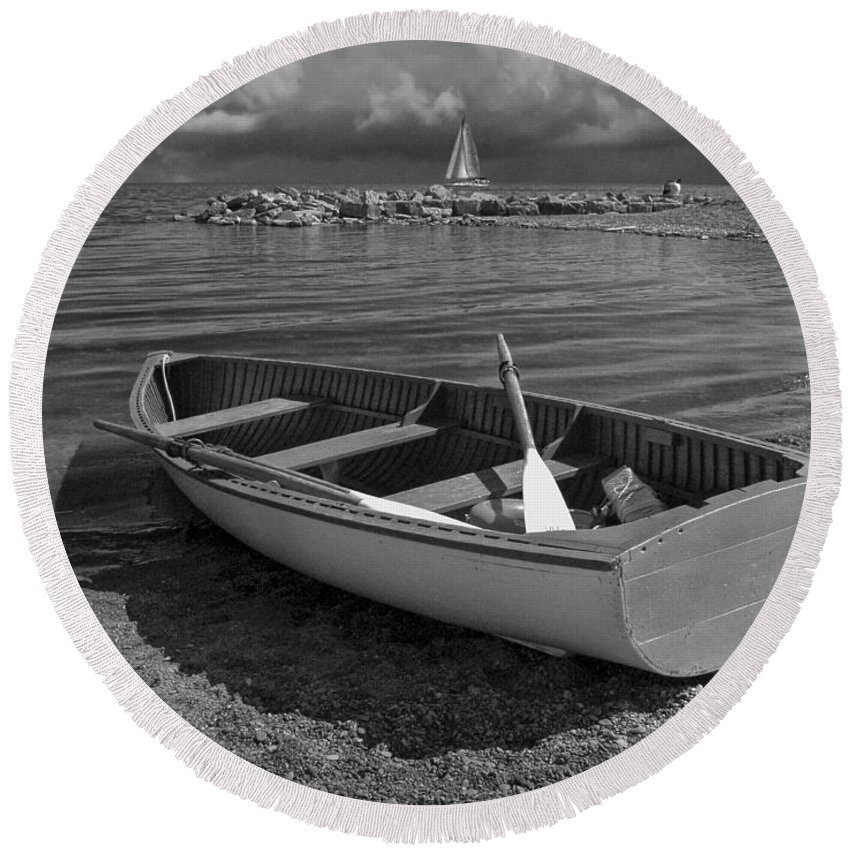 Art Round Beach Towel featuring the photograph Row Boat On The Shore Of Lake Ontario In Toronto by Randall Nyhof