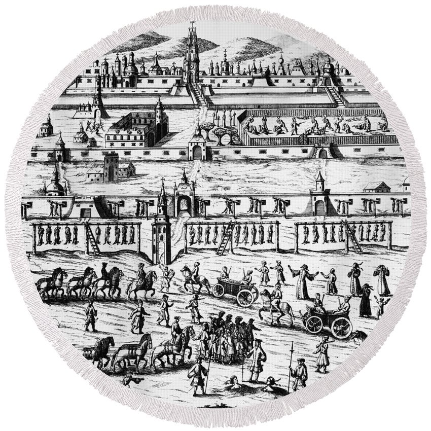 1698 Round Beach Towel featuring the photograph Russia: Streltsy Uprising by Granger