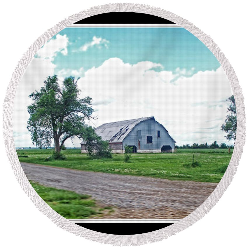 Round Beach Towel featuring the photograph Rustic Barn Scene by Debbie Portwood