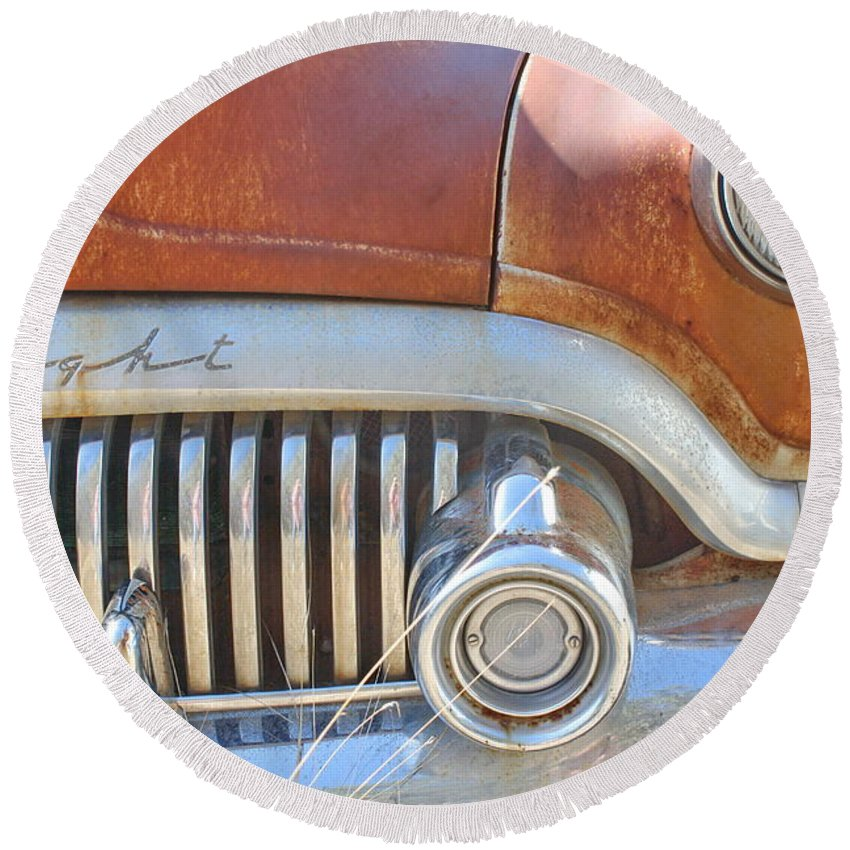 Automobile Round Beach Towel featuring the photograph Rusty Abandoned Old Buick Eight by Terry Fleckney
