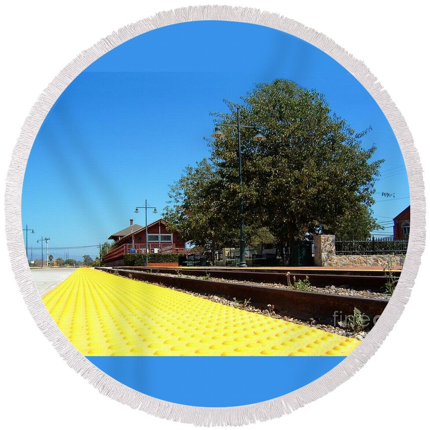 santa Paula Round Beach Towel featuring the photograph Santa Paula Train Station by Henrik Lehnerer