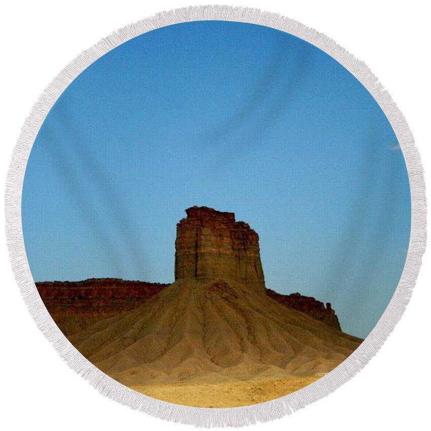 Desert Round Beach Towel featuring the photograph Sentinel by Ellen Heaverlo
